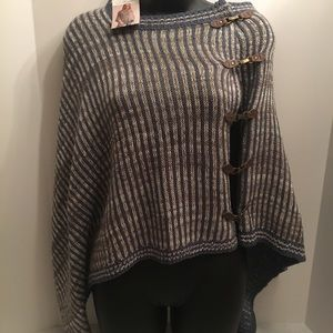 NWT Noel Buckle Wrap One Size